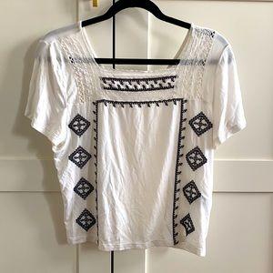 American Eagle White Top with Black Design